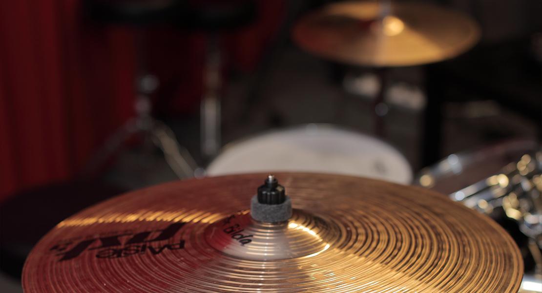Närbild på trummor