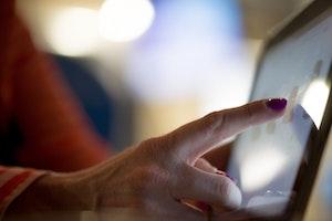 Digitalkunskap – en förutsättning för onlinecirklar