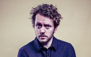 Skratta med Käften Comedy Club presenterar Isak Jansson