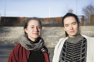 Prova på halling med Agnes och Klara