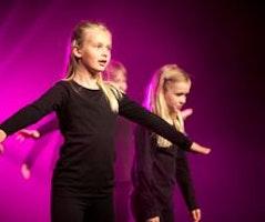 God Moves Dansskola: Kids Tisdagar 8-9 år