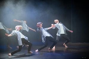 God Moves Dansskola: Dudes JazzFusion 13-16 år Onsdagar (nybörjare/fortsättning)