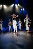 God Moves Dansskola: Grannies 65+ Tisdag